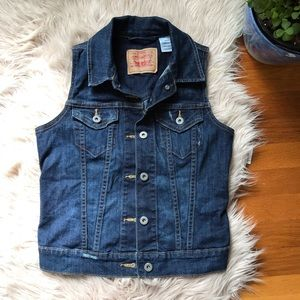 Levi Dark Wash Jean Vest Size Small